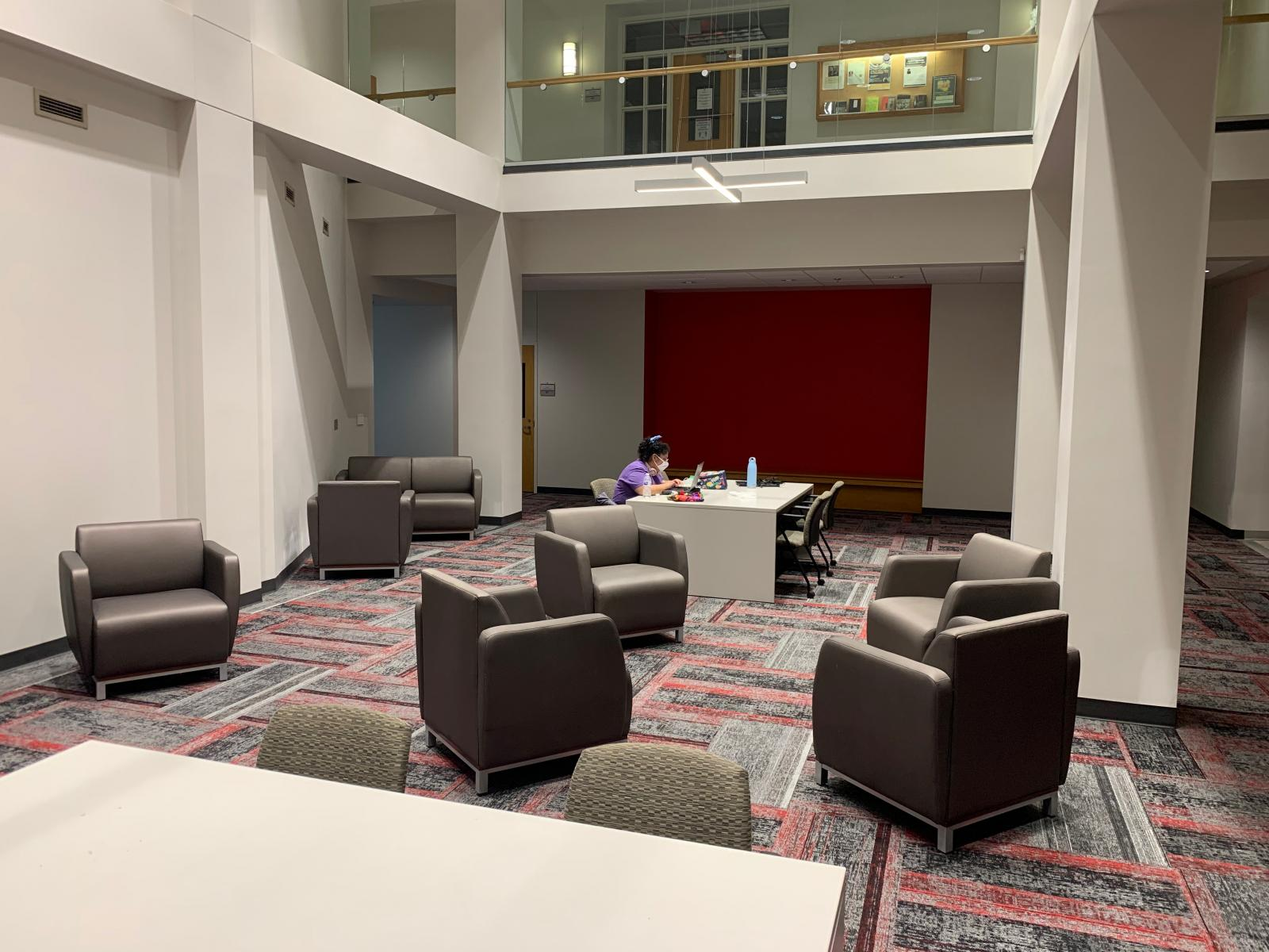 Louise Pound Hall, 2nd level study space and lounge.