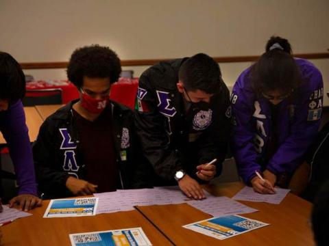 A few students play a get to know you game during the BIPOC Welcome Reception